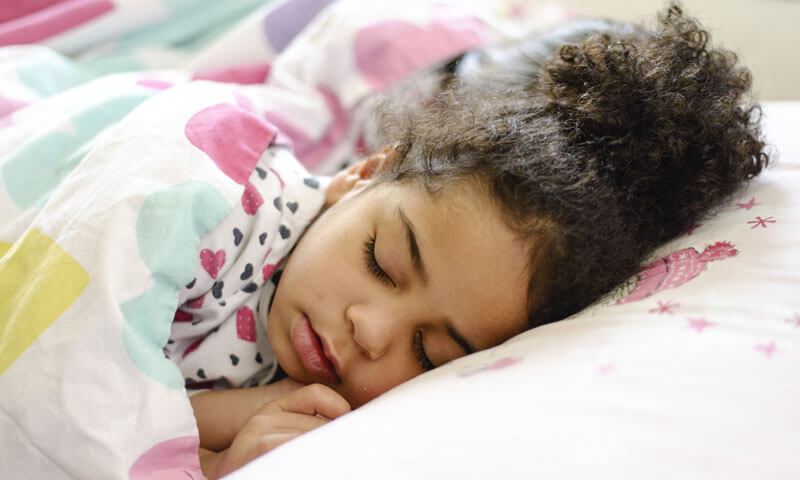 Cuántas horas de sueño necesitan los niños según su edad