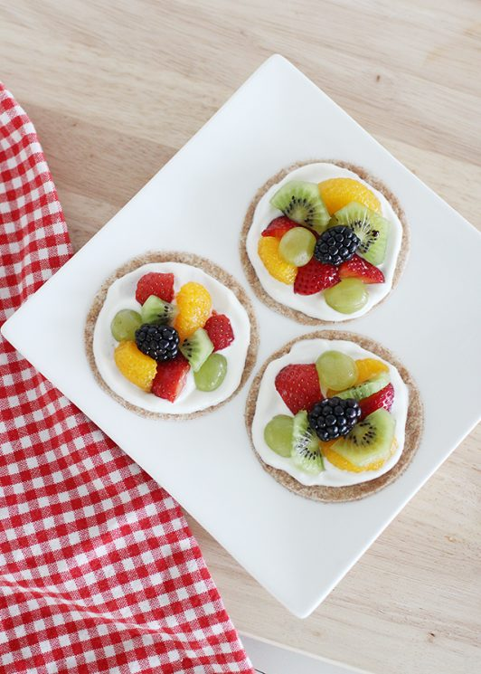 Receta de pizza de frutas con yogurt saludable